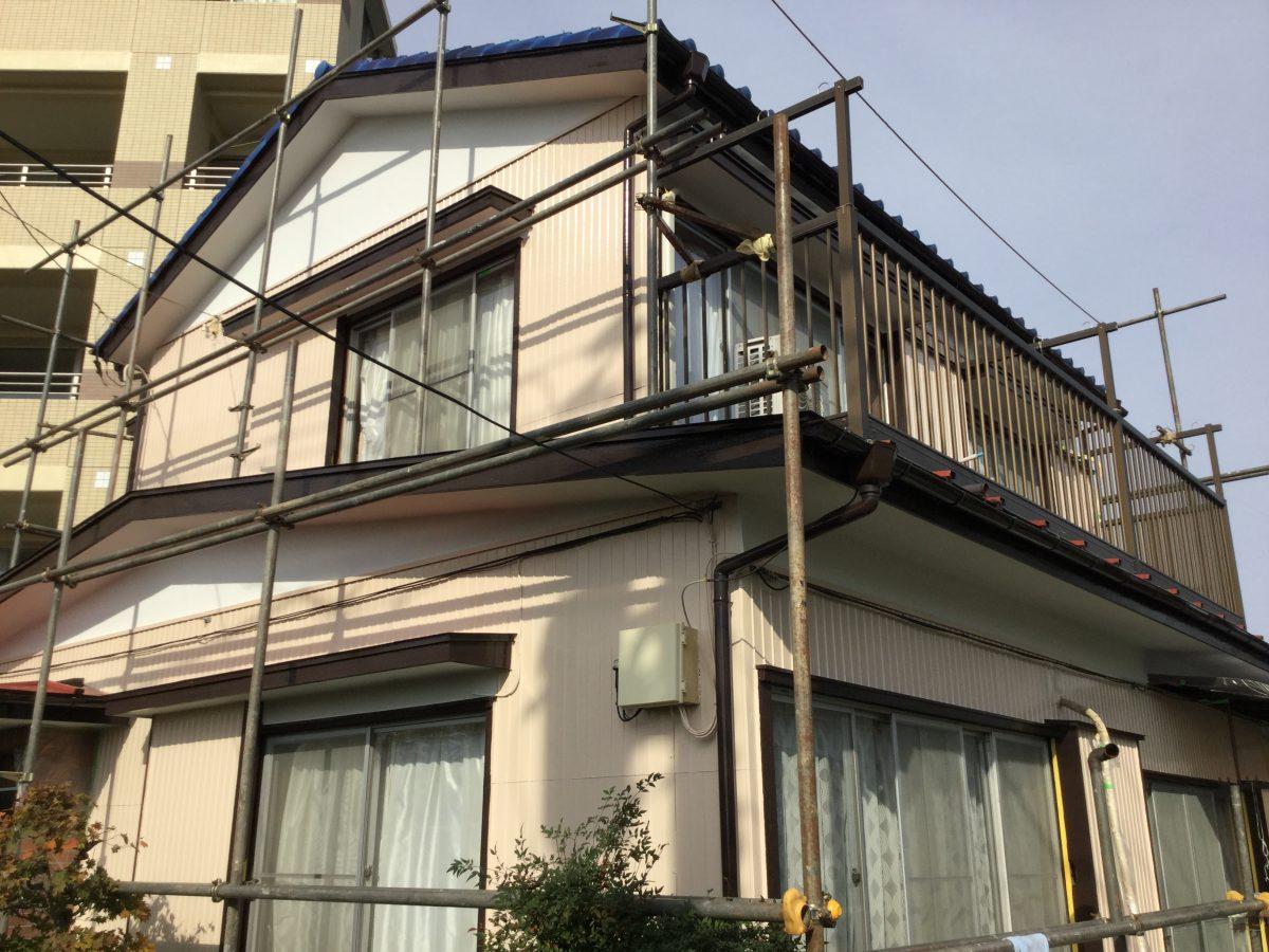 横浜市鶴見区     破風板塗装