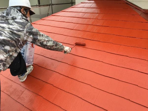 外壁屋根に断然違いが出る4度塗り施工!光沢感や耐久性がグレードアップ!!