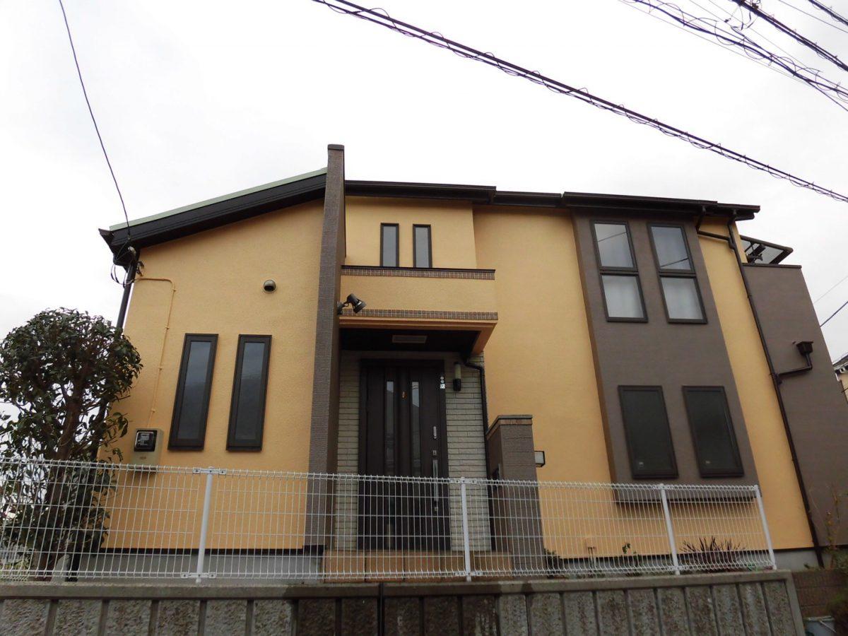 川崎市高津区H邸で外壁パーフェクトトップ、屋根サーモアイSiで施工!