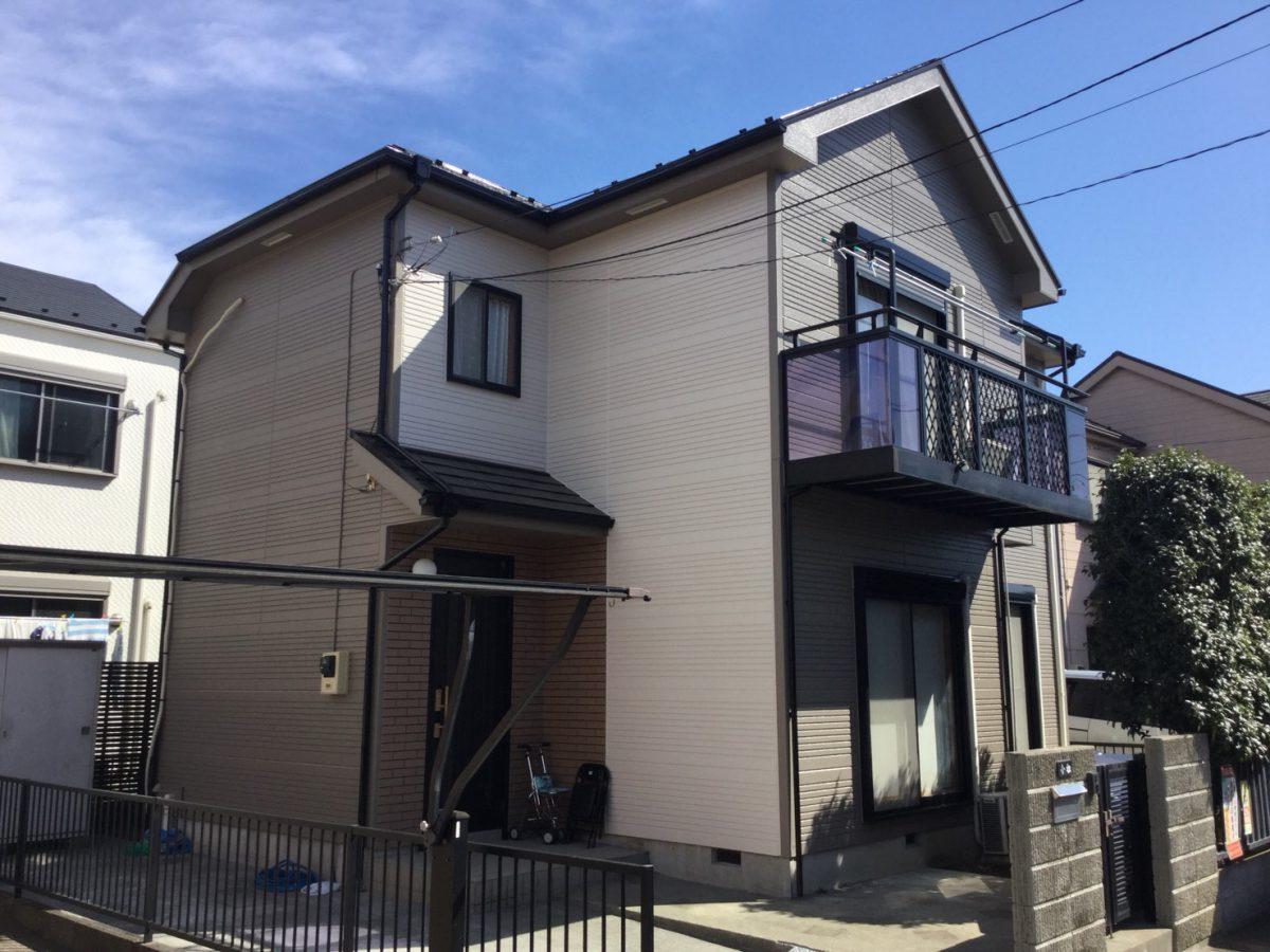 川崎市宮前区K様邸で外壁パーフェクトトップ 屋根サーモアイSi施工