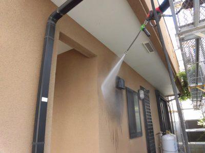 川崎市高津区で外壁塗装が始まりました!